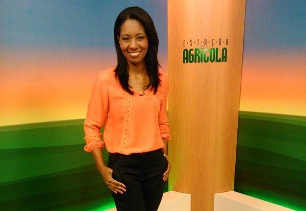 Maristela Niz apresneta o programa nas férias de Cleverton Macedo (Foto: Divulgação/TV Sergipe)
