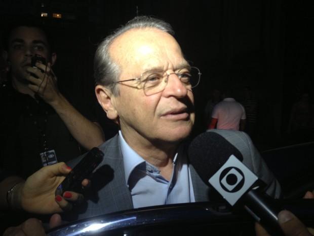 Tarso Genro comenta provável reeleição de Dilma como presidente do Brasil (Foto: Rafaella Fraga/G1)