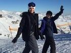 Isabelli Fontana curte viagem com o filho, Lucas, para o Chile