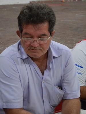 Paulo da Diamantes presidiu reunião (Foto: João Áquila/GLOBOESPORTE.COM)