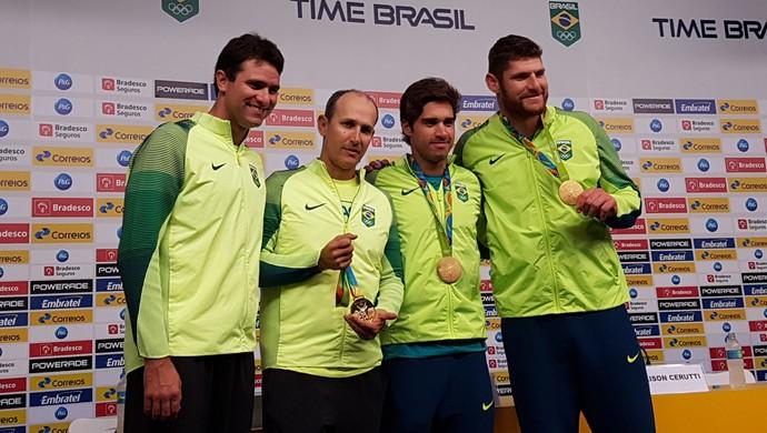 Alison, Bruno Schmidt, Leandro Brachola e Adriano Fonseca vôlei de praia (Foto: Marcello Pires)