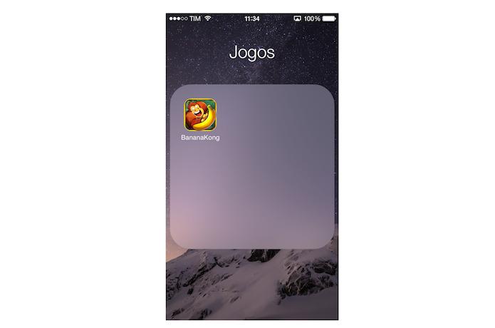 Abrindo um game do iPhone na TV com o espelhamento da tela pelo AirPlay (Foto: Reprodução/Marvin Costa)