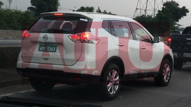 Nissan X-Trail é flagrado circulando em São Paulo (SP) (Foto: Douglas Viturino / Autoesporte)