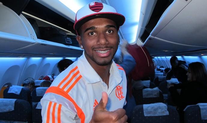 Luiz Antonio Flamengo avião Manaus (Foto: Cahê Mota)