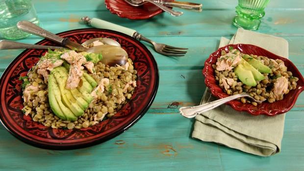 Salada de Salmo com lentilha, Cozinha Prtica, receita da Rita Lobo (Foto: Editora Panelinha/Gilberto Jr.)