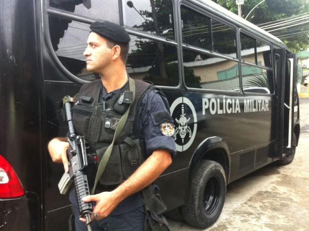 Policiais do Bope estavam na comunidade do Cerro-Corá na manhã desta segunda (Foto: Mariucha Machado / G1)