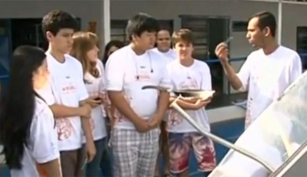 Projeto ensina português e matemática de forma bem mais atraente para alunos de Paranavaí (Foto: Reprodução/RPC TV)