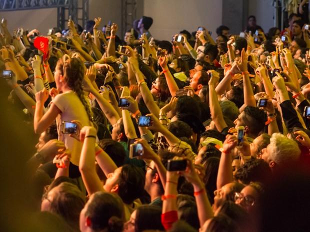 Fãs foram à loucura com o show do grupo Fifth Harmony  (Foto: Fabiano Guma/BelPress)