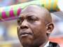 Técnico da seleção da Nigéria na Copa de 2014 morre aos 54 anos