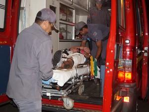 Motorista e passageiro foram atendidos com ferimentos leves em Pirassununga (Foto: Ademir Naressi/Arquivo Pessoal)