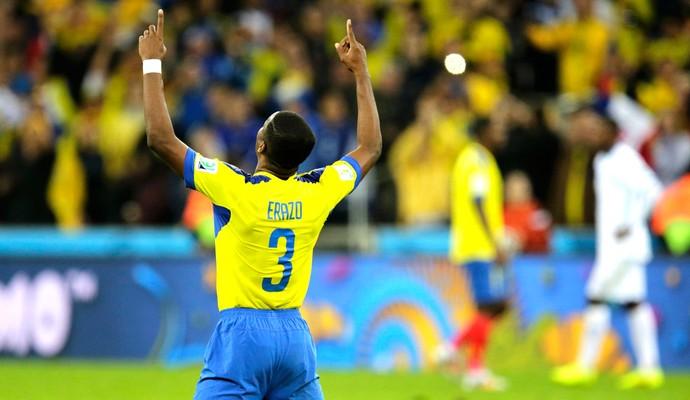 Frickson Erazo comemoração jogo Equador x Honturas (Foto: Reuters)