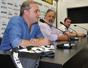 Arm&#234;nio Neto, diretor Santos (Foto: Divulga&#231;&#227;o Santos FC)