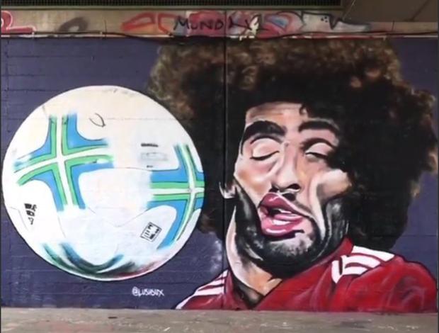 BLOG: Careta de Fellaini vira arte de rua... e das boas!