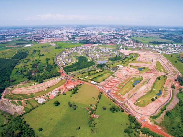 Complexo Quinta do Golfe Residencial – São José do Rio Preto: campo de golfe com 18 buracos, grande clube de lazer e preservação ambiental tornaram o empreendimento referência para o segmento (Foto: Divulgação)