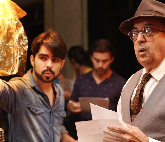 Diretor Diego Morais e Cláudio Tovar (Foto: Ellen Soares/Gshow)