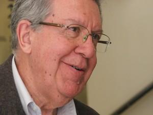 Raul Pont, candidato do PT a prefeito de Porto Alegre (Foto: Joyce Heurich/G1 RS)