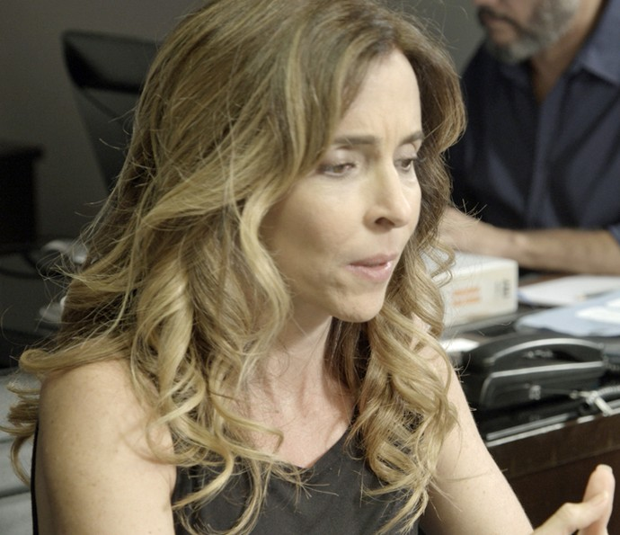 Kiki presta depoimento contra Gibson (Foto: TV Globo)