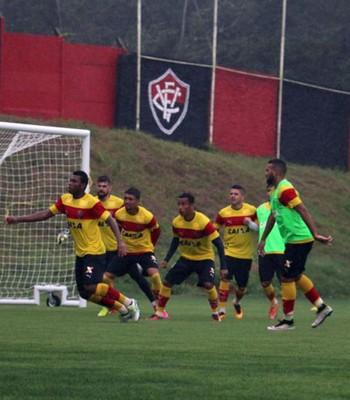 Vitória treina na Toca do Leão (Foto: Francisco Galvão / Divulgação / E.C. Vitória)
