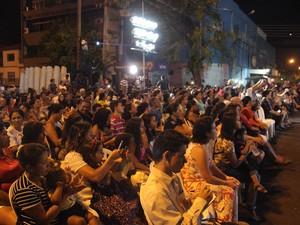 Público se emocionou com a apresentação  (Foto: Ellyo Teixeira/G1)
