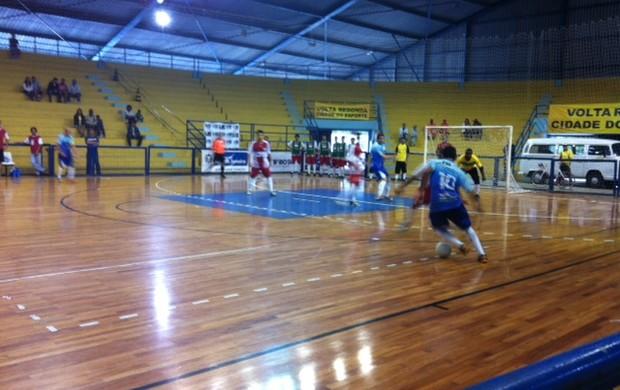 Volta Redonda x Paulo de Frontin, pela Copa Rio Sul de Futsal (Foto: Kenia Pinheiro/TV RIO SUL)