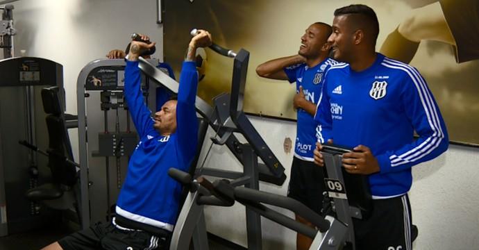 Fábio Ferreira, Roger e Reinaldo treino Ponte Preta (Foto: Carlos Velardi / EPTV)