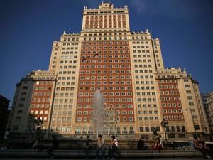 prédio de 28 andares, Edificio España, que era o maior prédio da Espanha quando foi construído em 1940, é um marco no centro da capital espanhola e era utilizado para abrigar um hotel e escritórios, embora esteja vago por vários anos (Foto: Reuters)