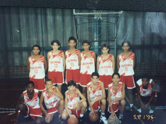 Time do Saldanha da Gama em 1995, com Anderson Varejão (Foto: Telmo Riomar Cadum/Arquivo Pessoal)