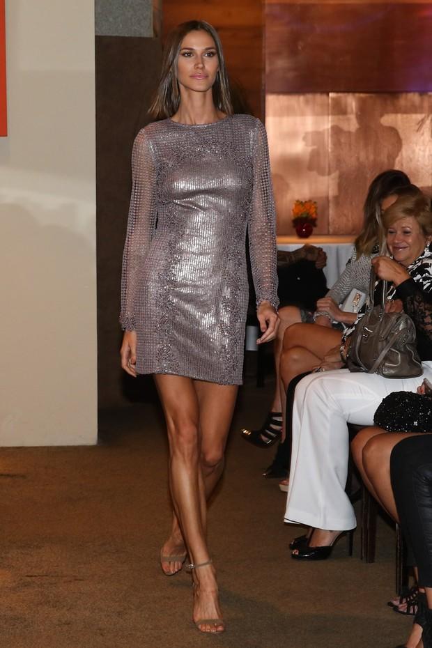 EGO - Look do dia: Natallia Rodrigues brilha em plateia de desfile - notícias de Moda