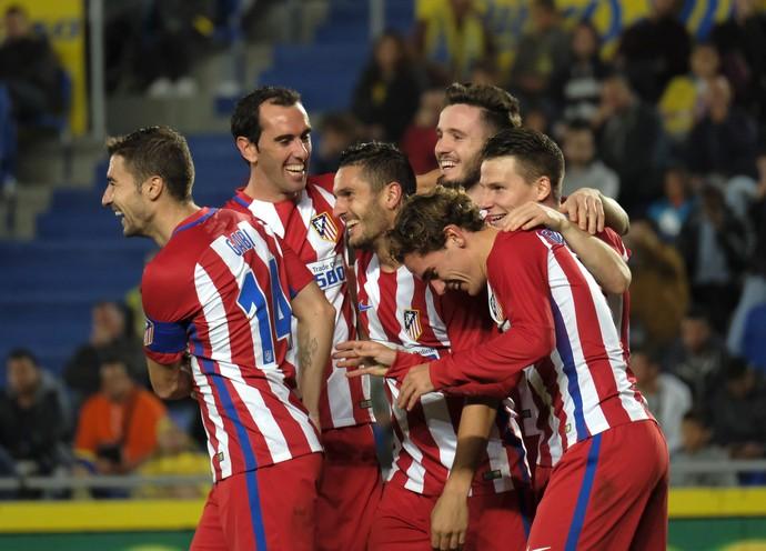 Jogadores do Atlético de Madrid comemoram gol (Foto: EFE/Ángel Medina G.)