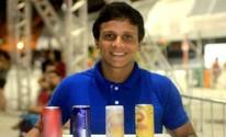 Jovem vira vendedor ambulante para juntar dinheiro para cursar faculdade (Jorge Mesquita/ Tamoios News)