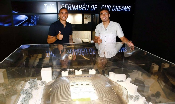 BLOG: Amigos desde a base, Casemiro e Danilo fazem juntos tour do Santiago Bernabéu