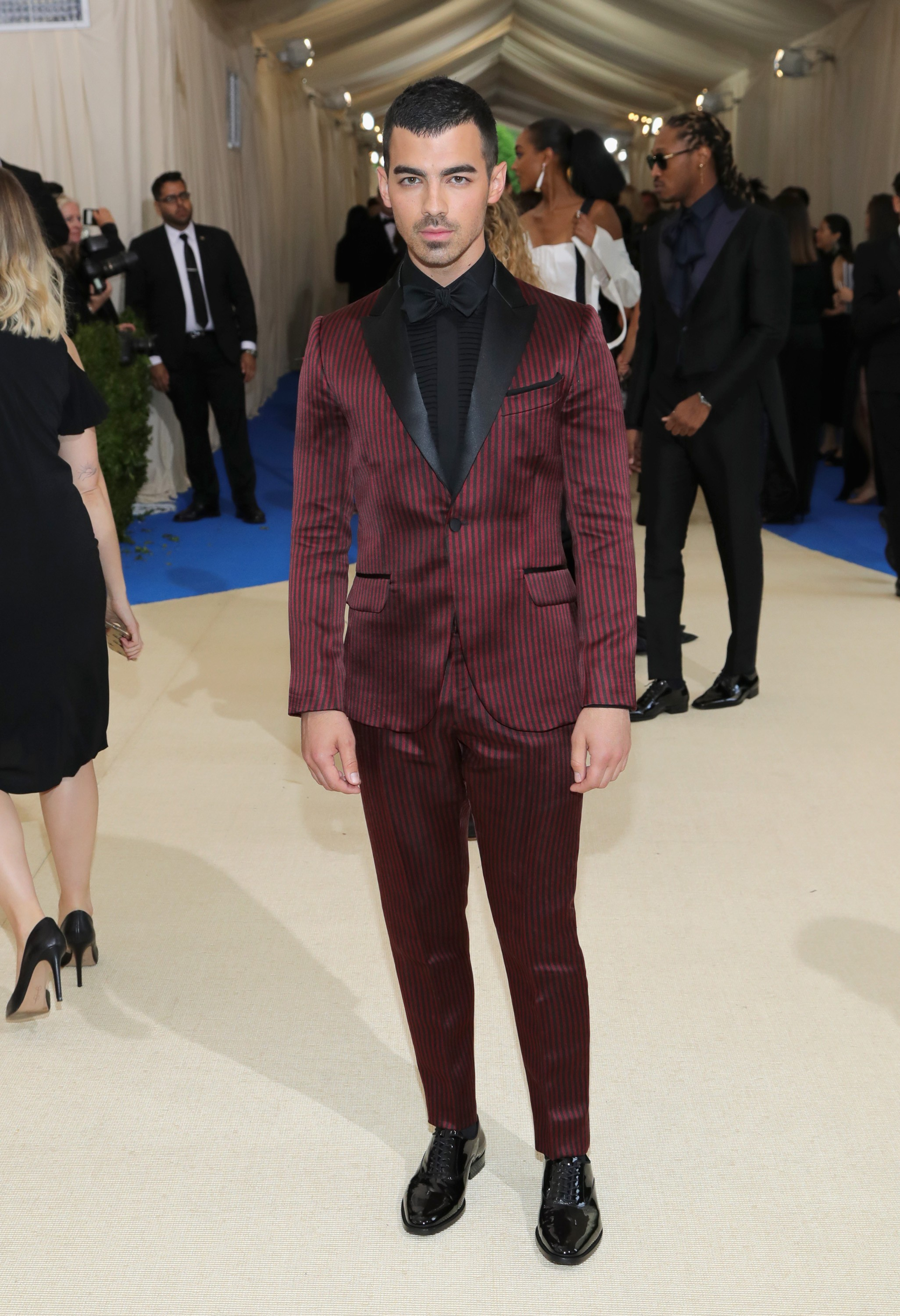 "NEW YORK, NY - MAY 01:  Joe Jonas attends the ""Rei Kawakubo/Comme des Garcons: Art Of The In-Between"" Costume Institute Gala at Metropolitan Museum of Art on May 1, 2017 in New York City.  (Photo by Neilson Barnard/Getty Images) (Foto: Getty Images)"