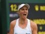 Bia Maia domina britânica, quebra jejum em Wimbledon e aguarda Halep