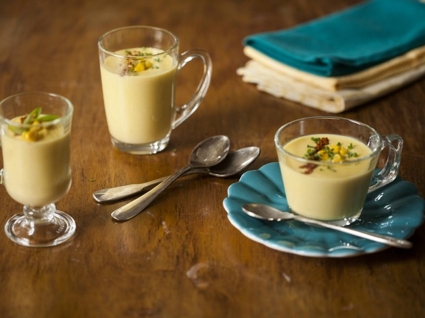 'Cozinha Prtica' - Sopa de milho com pprica e cebolinha (Foto: Reproduo / GNT)