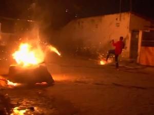 Guerra de espadas deixa 36 pessoas feridas em duas cidades da Bahia (Foto: Imagem/ Tv Bahia)