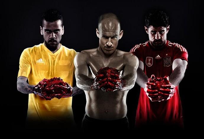 Daniel Alves, Arjen Robben e Diego Costa com o coração na mão (Foto: Reprodução / Twitter)