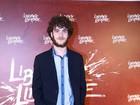 Vitor Thiré fala da preparação para viver cego em 'Liberdade, Liberdade'
