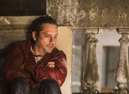 Romero escuta Atena de papo com Zé Maria e descobre traição!