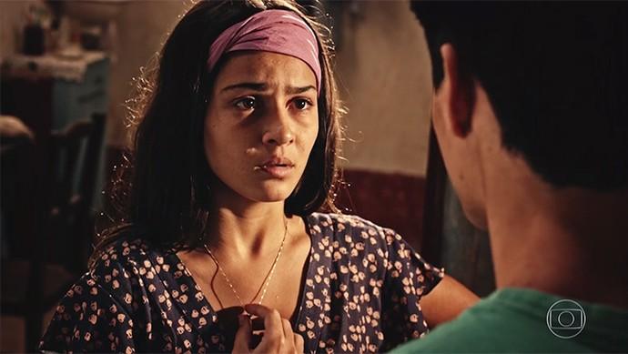 Olívia confessa que ama Lucas (Foto: TV Globo)
