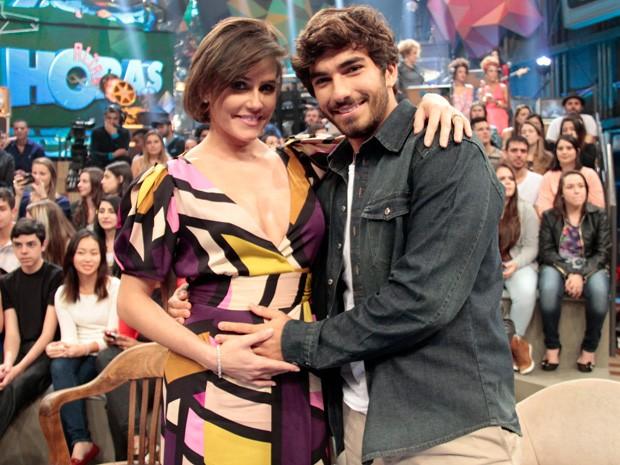 Deborah Secco e Hugo Moura participam da gravação do Altas Horas (Foto: Marcos Mazini/Gshow)