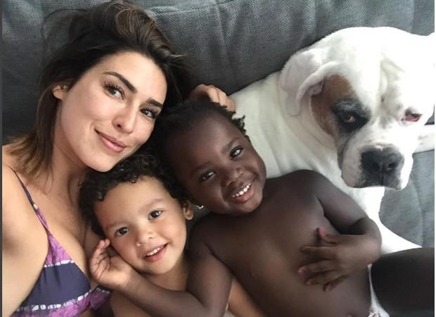 Fernanda Paes Leme posa com Títi e Bento (Foto: Reprodução/Instagram)