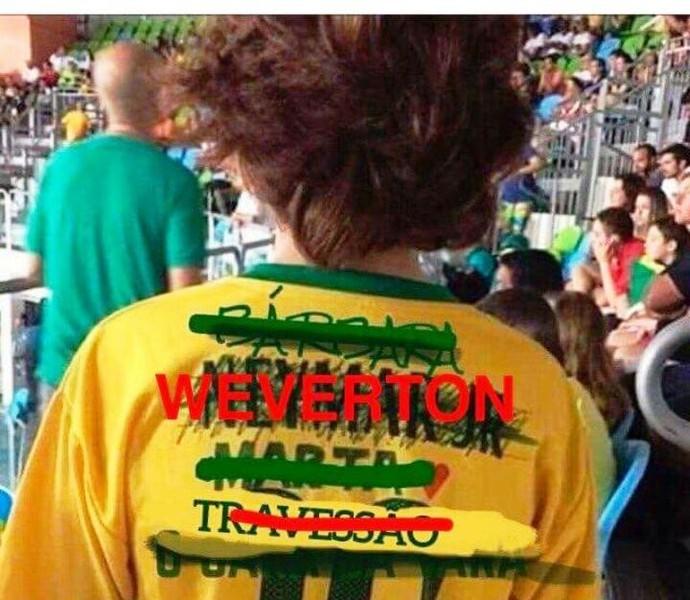 Nome de Weverton aparece na camisa 10 do Brasil (Foto: Reprodução/Facebook)