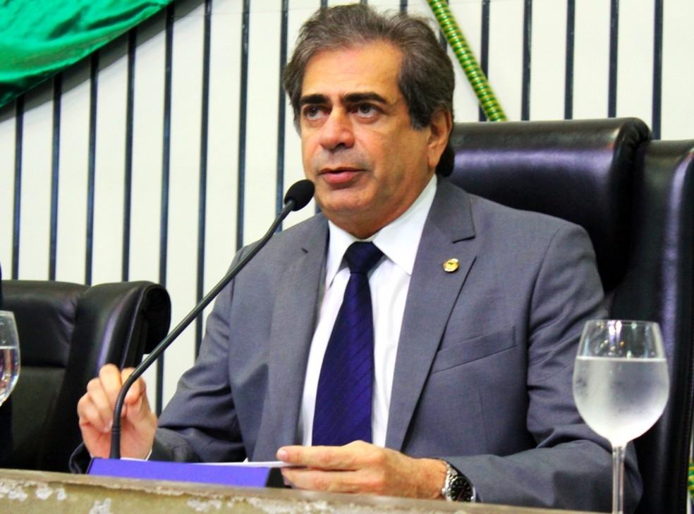 Presidente da Assembleia do Ceará, deputado Zezinho Albuquerque negou pedido de abertura de impeachment do governador Camilo Santana (Foto: Paulo Rocha/AL)