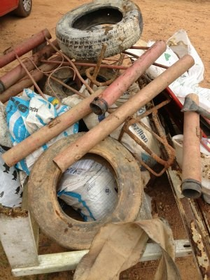 Pneus e peças em alumínio são objetos mais encontrados. (Foto: Flaviane Azambuja/G1)