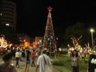 Fiação elétrica é furtada de árvore de Natal em praça de Itaúna