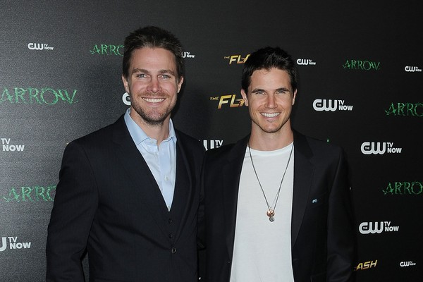 Stephen e Robbie Amell (Foto: Getty Images)