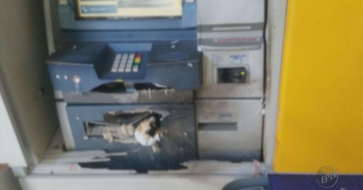 Criminosos explodem caixa eletrônico em banco de Borda da Mata, MG - Globo.com