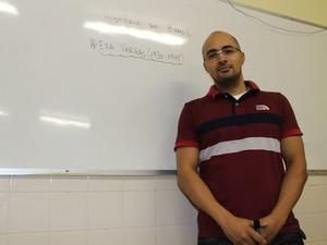 Professor de História Pitágoras Aires (Foto: Patrícia Andrade/G1)