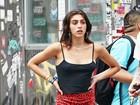 Lourdes Maria, filha de Madonna, usa saia curta e 'esquece' sutiã em passeio
