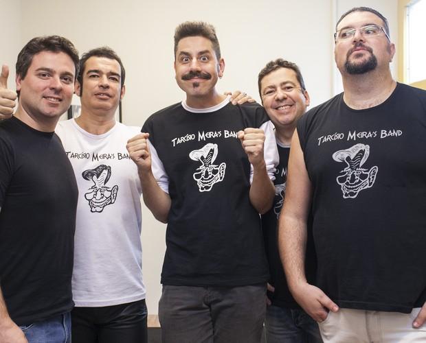 Tárcisio Meira´s Band posa nos bastidores (Foto: Dafne Bastos/TV Globo)